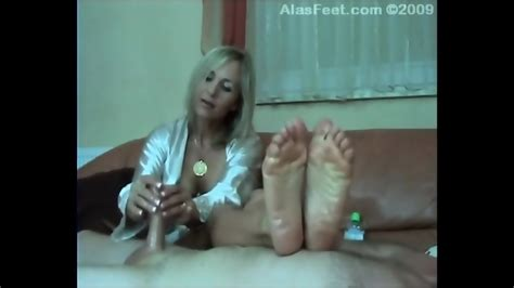 Ala Gives Hand Job And Foot Job With Oiled Feet Eporner