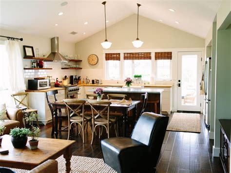 farm house kitchen sinks farmhouse cottage on a vineyard with gourmet kitchen 7132