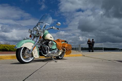 Indian Roadmaster 4k Wallpapers by 2013 Indian Chief Vintage D Wallpaper 2013x1338 87182