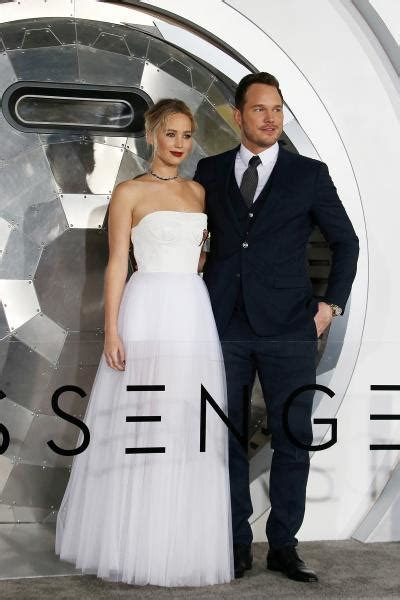 Chris Pratt & Jennifer Lawrence Looked Galaxy Glam At The ...