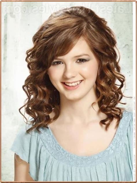 25 ideas about curly medium hairstyles on