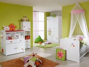 Chambre Bebe Fille Complete : pour bebe ~ Teatrodelosmanantiales.com Idées de Décoration