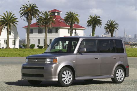 how it works cars 2004 scion xb lane departure warning 2004 06 scion xb consumer guide auto