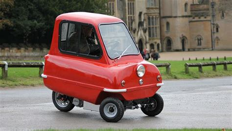 World's Smallest Car - The Peel P50 | Motor Guides
