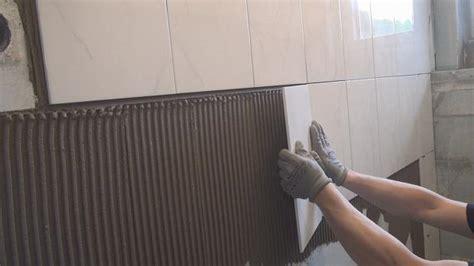 Badezimmer Fliesen Legen Preise by Fliesen Verlegen Kosten Balkon Fliesen Verlegen Kosten