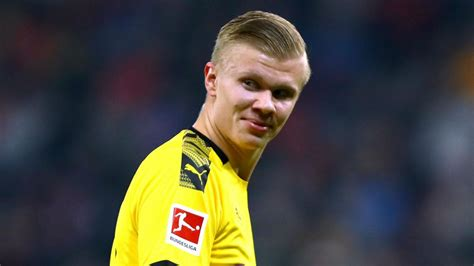 """Haaland set up american gio reyna for the home side's fourth goal in the 58th, before reus sent haaland through for the fifth in the 70th. Haaland: Solskjaer """"very important"""" but Dortmund the right ..."""