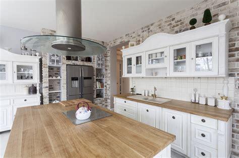 butcher block kitchen countertops pros and cons die behaglichkeit und funktionalität in der
