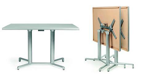 tavolo pieghevole con sedie tavolo pieghevole con sedie da esterno richiudibile usato