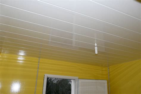 lambris pvc pour cuisine lambris pvc pour plafond meilleures images d 39 inspiration pour votre design de maison