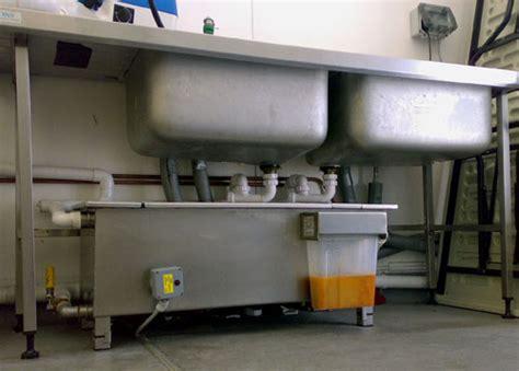 bac à graisse cuisine traitement des eaux grasses des restaurants
