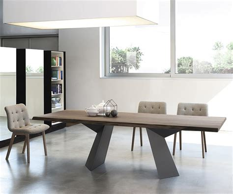 table noyer design pied métal bontempi casa sur cdc design