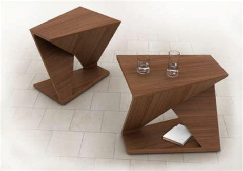 Kleine Weiße Tische by Ein Kleiner Tisch W 252 Rde In Ihrem Zimmer Erscheinen