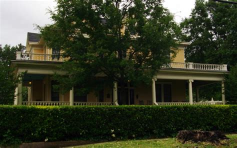 beauty    arkansas historic homes  astounding