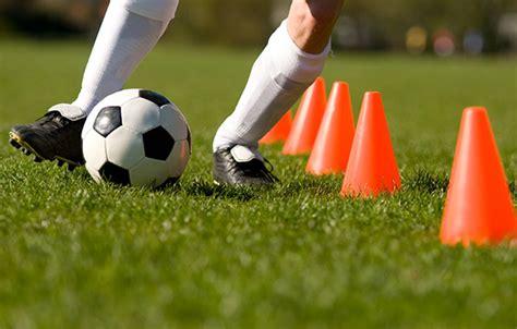 4 drills to improve soccer dribbling activekids 367 | Slide 1$!2c2