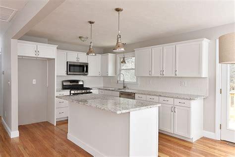 split level kitchen island the 25 best kitchen island overhang support ideas on