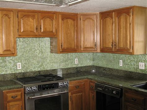 kitchen backsplash glass tile design ideas come with