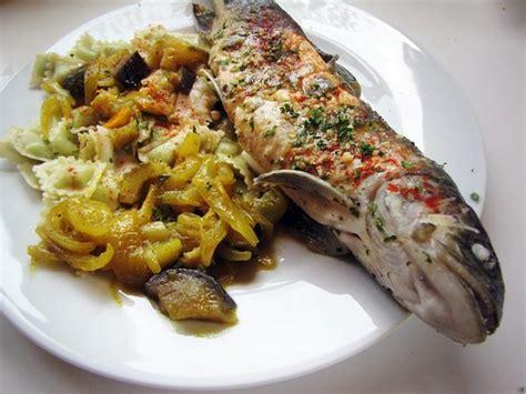 salamandre cuisine truite du guiers au vin blanc et ravioles ratatouille