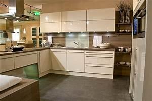 Meuble Laqué Beige : cuisine les meubles meuble et d coration marseille ~ Premium-room.com Idées de Décoration