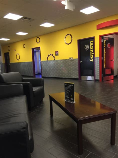 planet fitness steubenville gyms  mall dr