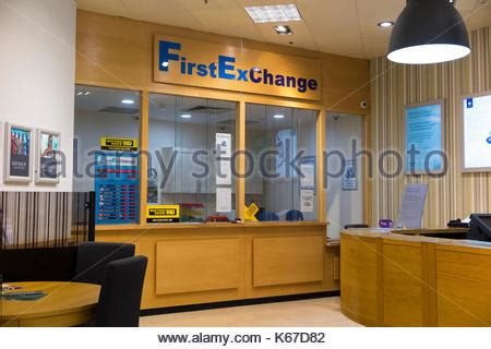 bureau de change kingston bureau de change office operated by moneycorp terminal 3 three at stock photo royalty free