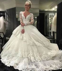 bridal gown vintage black lesbiens fucking With wedding dress fuck