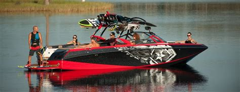 Cheap Ski Boats by Ski Surf Boats Buyers Guide Discover Boating