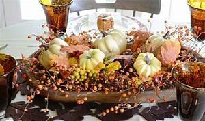 Herbst Dekoration Fenster : herbst dekoration mit k rbissen 20 reizvolle warme ideen ~ Watch28wear.com Haus und Dekorationen