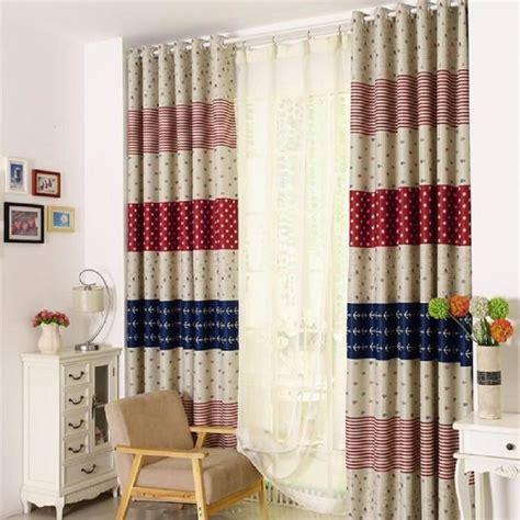 rideau pour chambre enfant customiser un rideau pour une chambre enfant bricolos du