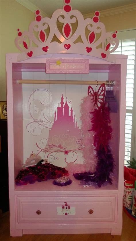 princess dress up closet craft time