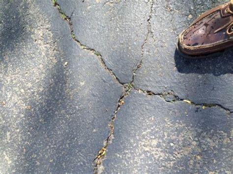 How Best To Repair Cracks In Asphalt Driveway (not Seal