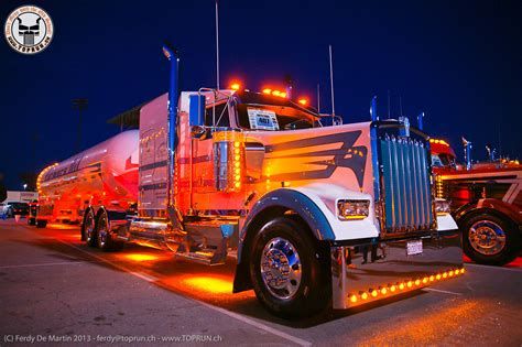 Custom Semi Truck Wallpapers by Peterbilt Show Trucks Wallpapers Wallpapersafari