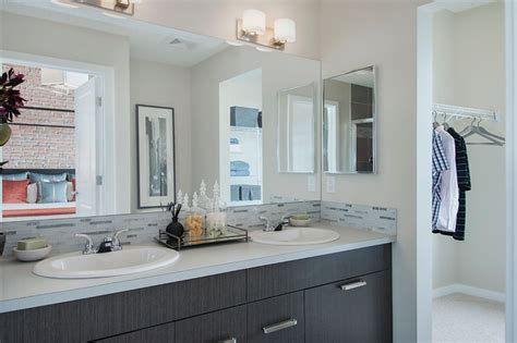 Kendal (urban) Show Home In Copperfield (se Calgary