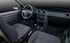 Chevrolet Celta - 5 Doors Specs  U0026 Photos