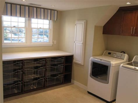 Interior Design by Fresh Cape Designs. Laundry Folding