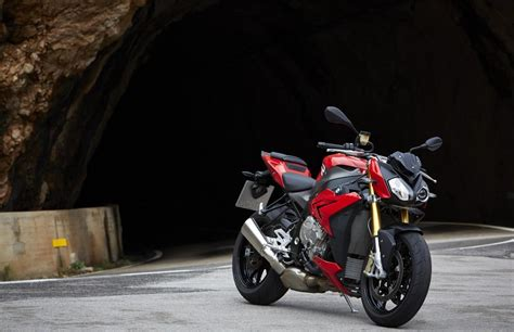 Bmw S1000r Backgrounds by Bmw S1000rr Wallpapers Fastest Bike In The World Bikes