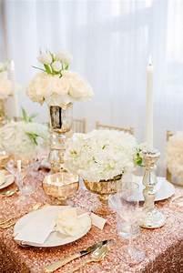 Rose Gold Decor : rose gold wedding ideas weddbook ~ Teatrodelosmanantiales.com Idées de Décoration