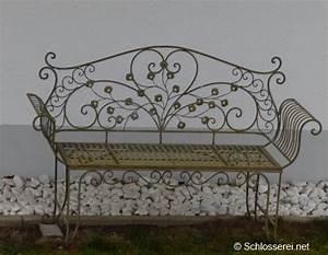 Gartenbänke Aus Metall : die best ndige sitzgelegenheit f r den au enbereich eine gartenbank aus metall ~ Whattoseeinmadrid.com Haus und Dekorationen