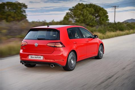 Vw Gti News by 5 Cool Things About New Volkswagen Golf Gti Cars Co Za