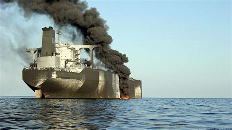 The un says the ship is rapidly decaying and has called it a catastrophe in waiting for yemen and the red sea. FSO off Yemen presents explosion threat :: Lloyd's List