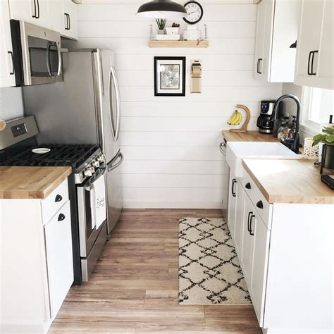 We've rounded up 15 galley kitchen ideas to inspire your next remodel, including lots of different galley kitchens can have a bad rap, depending on your style preference. 13 Small Kitchen Design Ideas & Organization Tips   Extra ...