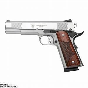 Auto 45 : smith wesson sw1911 45 acp semi auto pistol stainless 5 inch barrel 8 rd mag smith ~ Gottalentnigeria.com Avis de Voitures