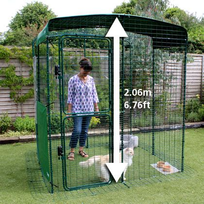 construire un enclos exterieur pour chat grand enclos pour chats chats omlet