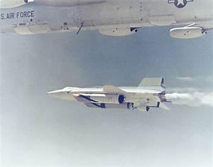 File:X-15A2 NB-52B 3.jpg - Wikimedia Commons