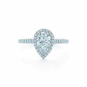 Pear shaped engagement rings with wedding bands wedding for Wedding bands for pear shaped rings