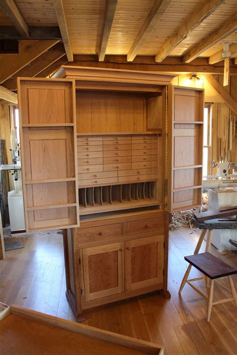 carpenter kitchen cabinet crowning moment tool cabinets woodworking and storage 2001