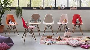 Vitra Eames Stuhl : vitra eames plastic chair ~ A.2002-acura-tl-radio.info Haus und Dekorationen