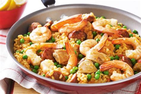 cuisine paella easy paella recipe taste com au