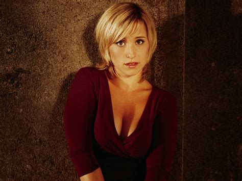 images of allison mack allison mack hot pictures photo gallery wallpapers