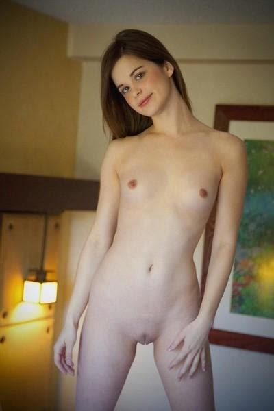Flat Chested Sexting Nude Full Movie