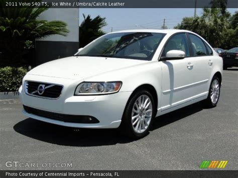 2011 Volvo S40 T5 by White 2011 Volvo S40 T5 Umbra Calcite Leather